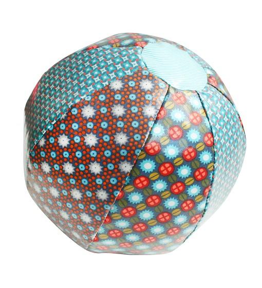 Ball für Babies in blau von Petit Pan