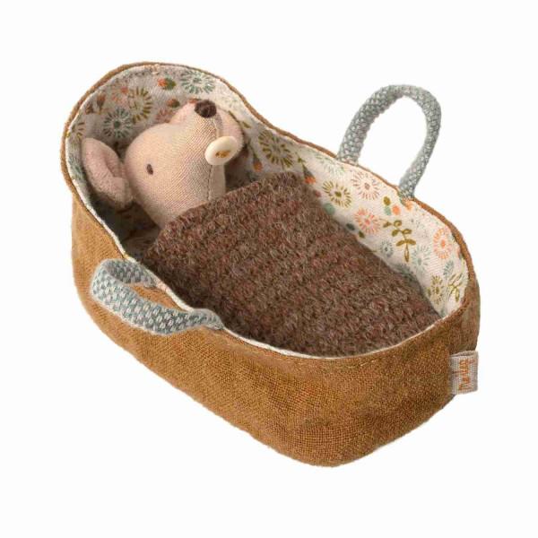 Babymaus in der Tragetasche von Maileg