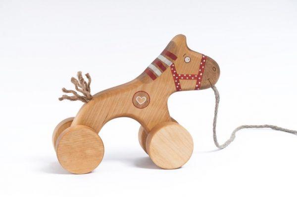Rotes Pferdchen zum Nachziehen von Friendly Toys