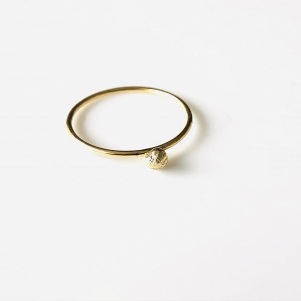 Zarter Ring mit Kugel 585 Gelbgold 54 von Goldkind