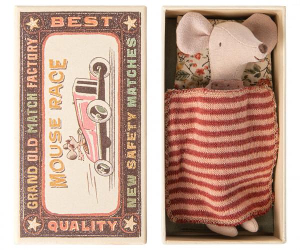 Big sister mouse in box mit geblümtem Kissen von Maileg