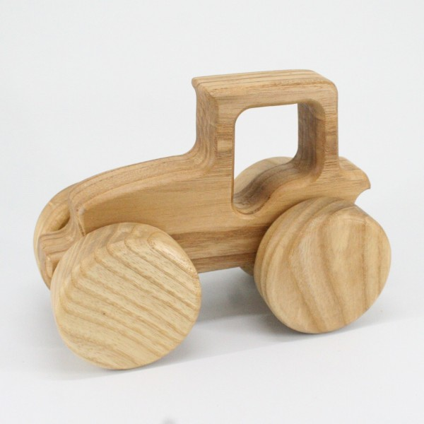Traktor aus Holz von Lotes Toys