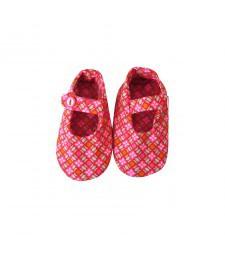 Babyschuhe pink mit Knopf von Petit Pan